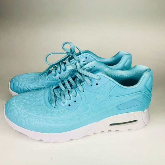 detailed pictures 343c1 a55cc Nike Air Max 90 Ultra Plush Copa Women 9.5 NEW. M 5ab7e2552ae12f0f6f16bbd0